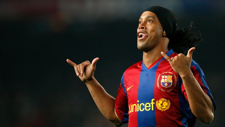 Ronaldinho is in talks with South American clubs about a return to the pitch