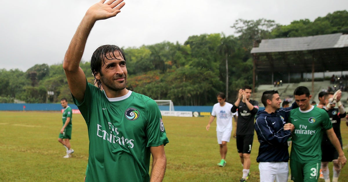 Nasl S New York Cosmos Cease Operations Terminate All