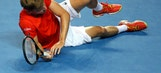 Sharapova wins for 600th time; advances at Australian Open
