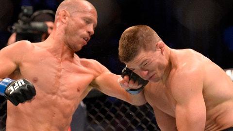 Kelvin Gastelum vs. Donald Cerrone -- UFC 205