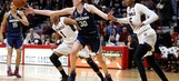 UConn women win 61st straight, topping Temple 85-60